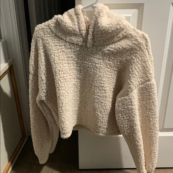 Fuzzy white/cream cropped hoodie